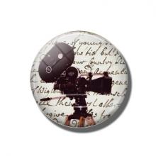 מגנט מגניב בעיצוב מצלמת רטרו Retro cinema camera