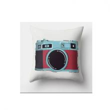 כרית מהממת בהדפס מצלמת רטרו אדום - אפור